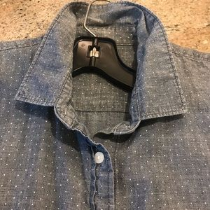 J Crew denim collared shirt w/ long sleeves Size L